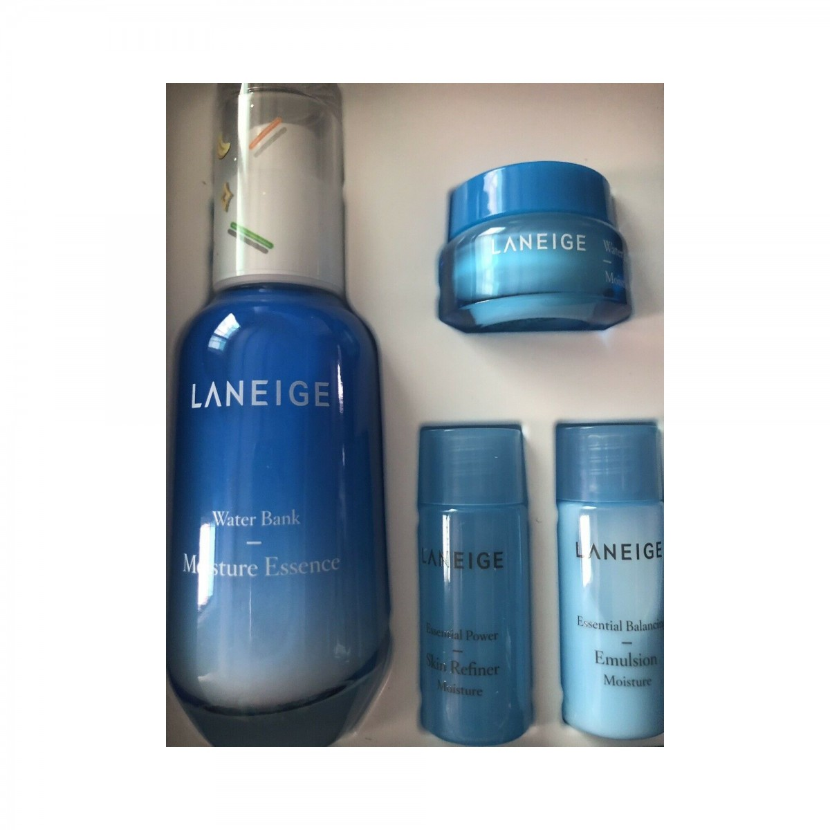 Laneige Water Bank Moisture Essence set (Holiday Collection Limited)